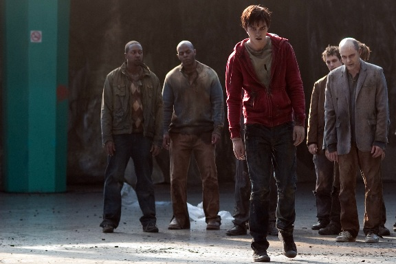warm bodies - r costume